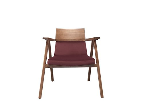 Pensil Chair Family starts with a chair and armchair, that soon will evolve  also into a lounge chair and rocking chair.