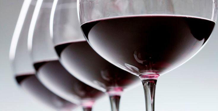 Ο Σίμος Γεωργόπουλος γράφει για τα ερυθρά και τα επιδόρπια κρασιά που ξεχώρισε σε αυτό το δεύτερο μέρος εντυπώσεων από τα φετινά Βοροινά.