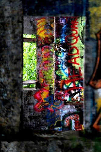 paul blair photos- canada 2013 grafitti-headquarters window