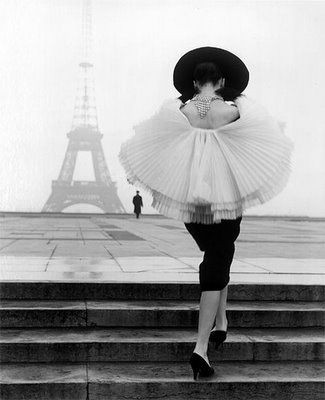 Paris Hotel Boutique Journal: Bygone Fashion Photography: Walde Huth