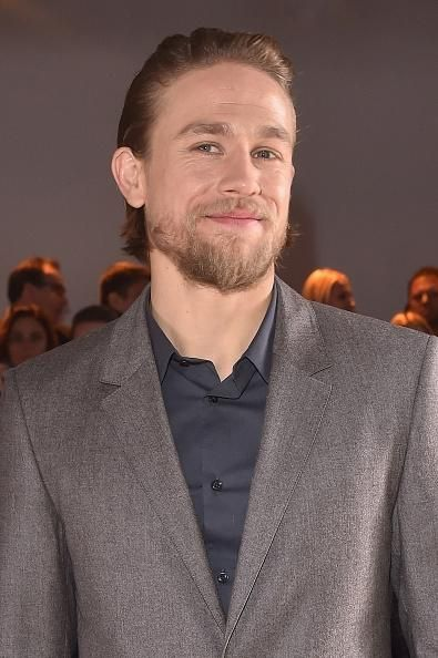'Pacific Rim 2' Cast Charlie Hunnam Returns As Headliner; Aims For A More 'Plot-Driven' Sequel - http://imkpop.com/pacific-rim-2-cast-charlie-hunnam-returns-as-headliner-aims-for-a-more-plot-driven-sequel/