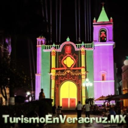 #Tlacotalpan se vestirá de #alegría, #música y #color en las #Fiestas de la #Candelaria http://www.turismoenveracruz.mx/2013/01/tlacotalpan-se-vestira-de-alegria-musica-y-color-en-las-fiestas-de-la-candelaria/ #Veracruz #tradición #Virgen #VirgenDeLaCandelaria #2013 #rio #Papaloapan #rio #Papaloapan #perla #jaraneros #decimistas #jarochos #turismo #travel #trip