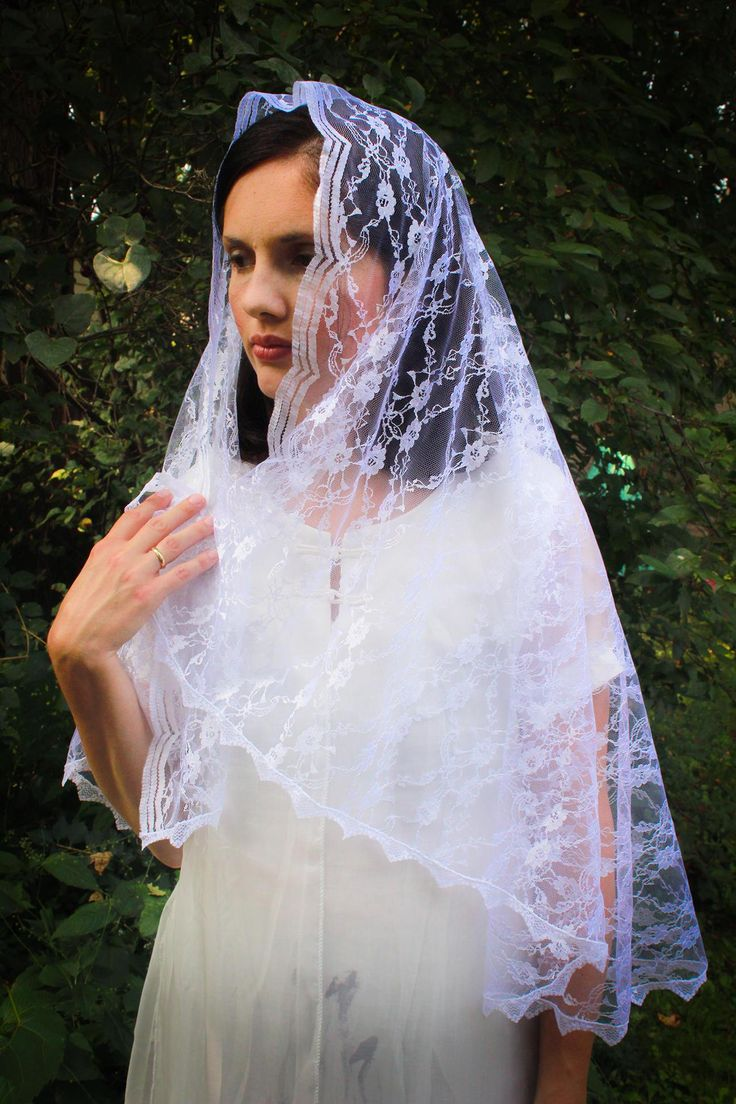 White Mantilla veil, Chapel Veil Catholic, Mantilla Wedding Veil, Lace Bridal Veil, Catholic Veil, Catholic Church Mantilla,Church Head Veil