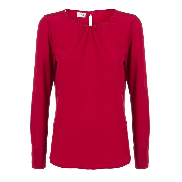 woman crewneck blouse in silk