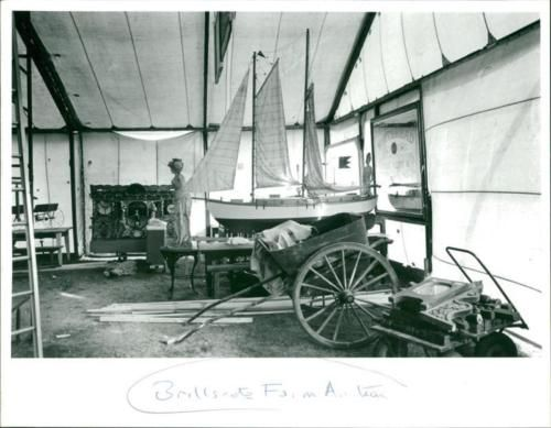 Vintage-photo-of-Brillscote-Farm-Auction