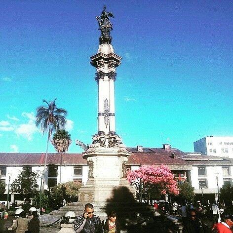 Quito Ecuador ciudad llena de historia y encantos conozcala con nosotros