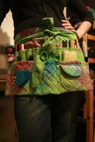 Voor als je niet alles in een tas wilt stoppen, maar direct bij de hand wil houden. Free Apron Patterns