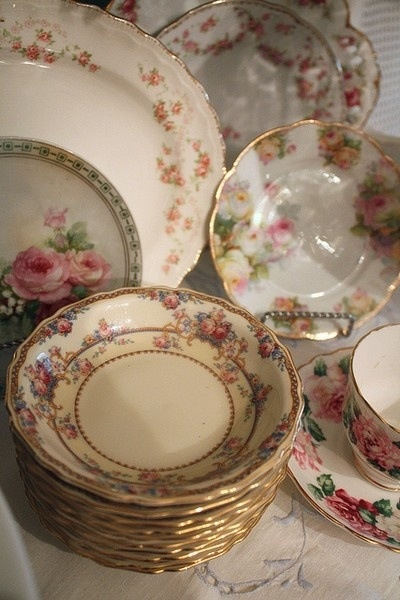 Vintage shabby china dishes & 43 best Vintage china dishes images on Pinterest | Dish sets ...