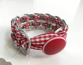 Tessuto Soda possibile scheda bracciale nastro - nastro percalle rosso e bianco - riciclato Soda può Tabs - Bracciale Upcycled
