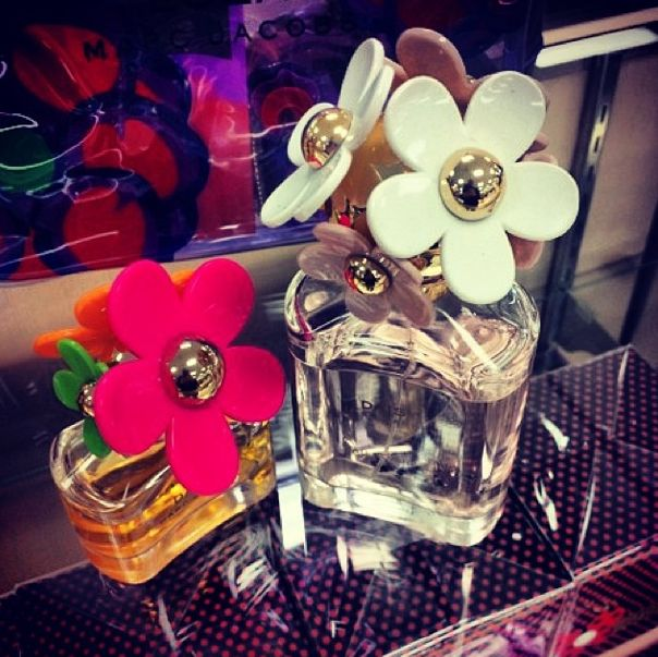 Welcome spring with these Marc Jacobs fragrances from @Sears Canada! Which perfume will you be enjoying this spring? Comment below for your chance to WIN Marc's Daisy 50ml #perfume AND to be entered to WIN a $100 GC! Be sure to hashtag with #DIBLM to qualify! ;) #Sarnia #SLont