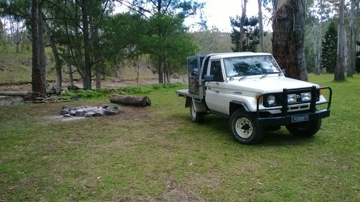 75 Series Toyota Landcruiser Ute - camping along Dalrymple Creek @ Gordon Country Goomburra Valley QLD.