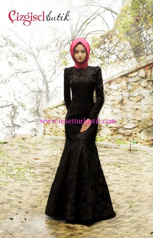 Çizgisel Butik Siyah Balık Etekli Abiye Elbise