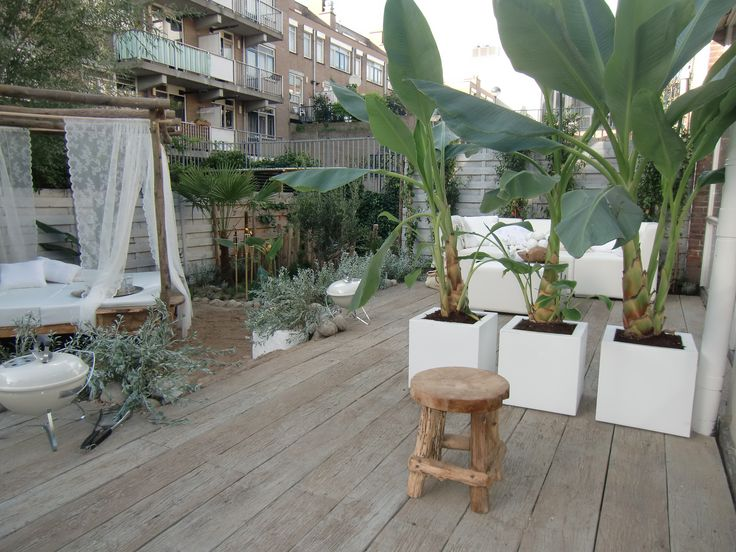 Meer dan 1000 idee n over balkon ontwerp op pinterest balkons kleine balkons en decoratie - Decoratie jardin terras ...