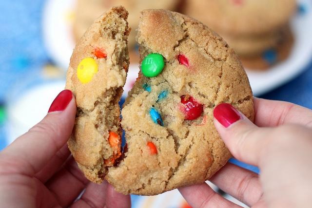 Giant Bakery Style M Cookies | Sweet Eats | Pinterest