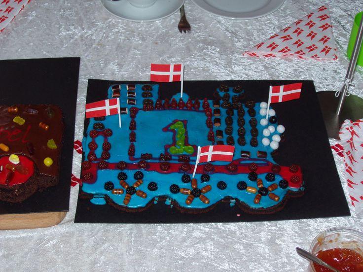 Isaks fødselsdag Thomas tog kage