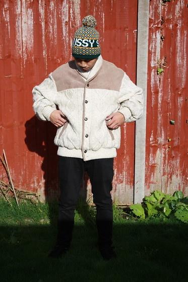 Chunky aran jumper (by Vintage  Freak Clothing) http://lookbook.nu/look/4203687-Chunky-aran-jumper