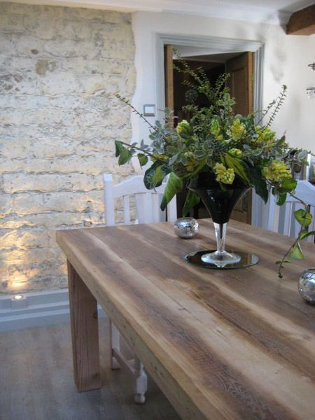 Solid wood dining tables|reclaimed wooden dining tables|Solid timber dining table