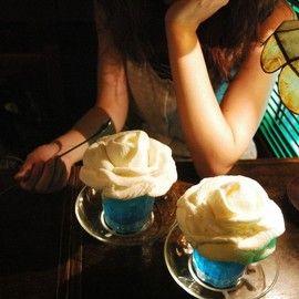 岡山 西洋乞食 - 薔薇をかたどったクリームソーダ