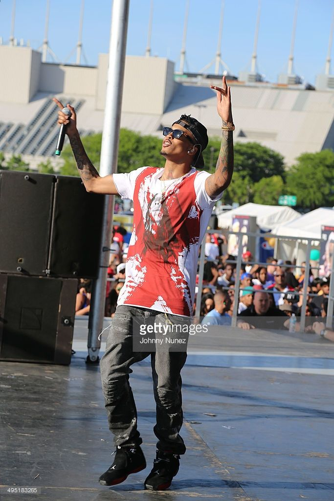 August Alsina performs in concert during Hot 97 Summer Jam 2014 at MetLife Stadium on June 1, 2014 in East Rutherford City.