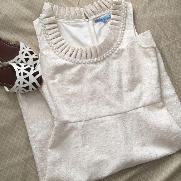Antonio Melani Dress size 4 ⚪️Antonio Melani Dress size 4 white pearl Color good condition!⚪️ ANTONIO MELANI Dresses