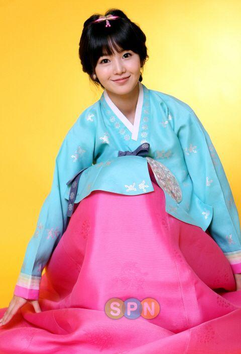 Nam Gyu ri // Hanbok