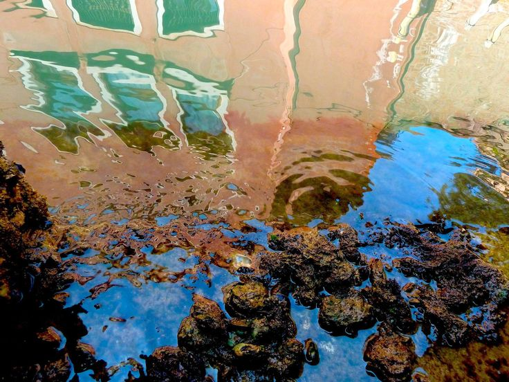 """Self–Repairing Architecture by Rachel Armstrong, a professor of Experimental Architecture in Black Sky Thinker. The problem of Venice sinking is well known and many architects and engineers are trying to solve that problem. The artificial """"reef"""" could be grown underneath Venice to prevent the city's foundations from being eroded.  Photo: Rachel Armstrong"""