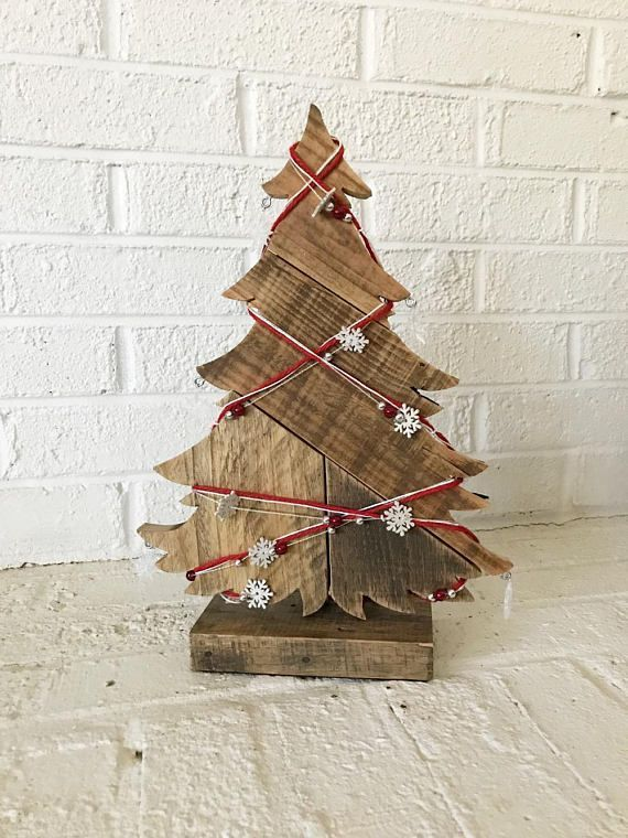 Ahnliche Artikel Auf Christmas Decorations Etsy Holiday Rustic Sale Tree Wie Wood T Wood Christmas Tree Pallet Christmas Tree Christmas Decorations