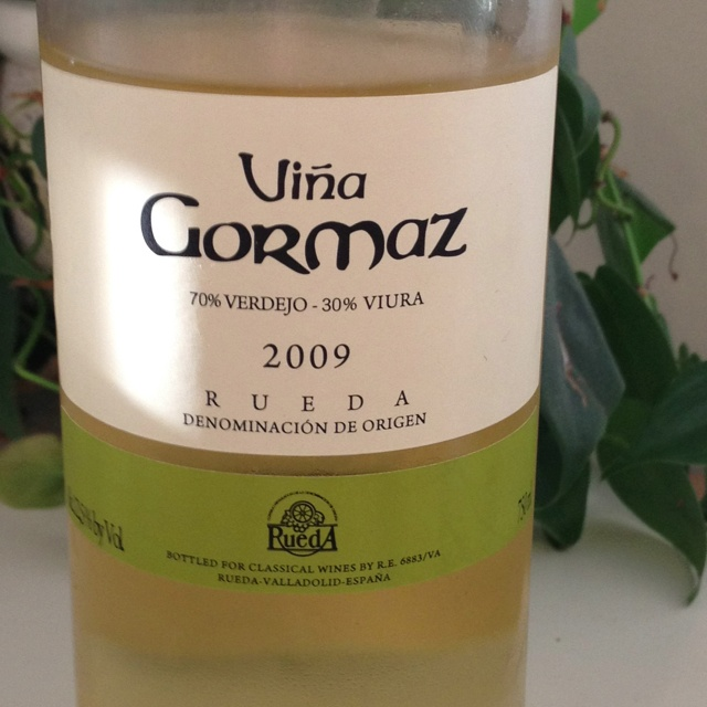 This is a really enjoyable, interesting Spanish white. It has lively floral and melon overtones, but it's not too light and has a mineral taste on the finish. I really like it. It cost about $10 and got an 89 from a wine mag.