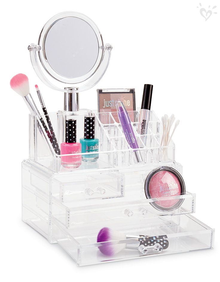 Cute loot! With sparkle to boot! Just Shine collection goodies for the glow-getter who loves to shine.