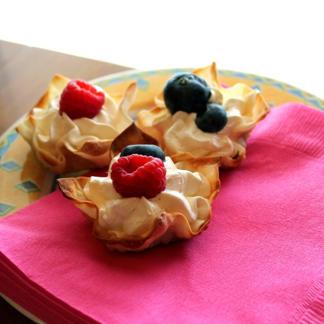 Summer Berries & Cream Cups | Sweets and Treats | Pinterest