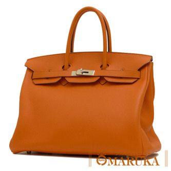 鮮やかなオレンジのカラーリングと、程良く柔らかなトリヨンクレマンスで作られたバーキン35です☆