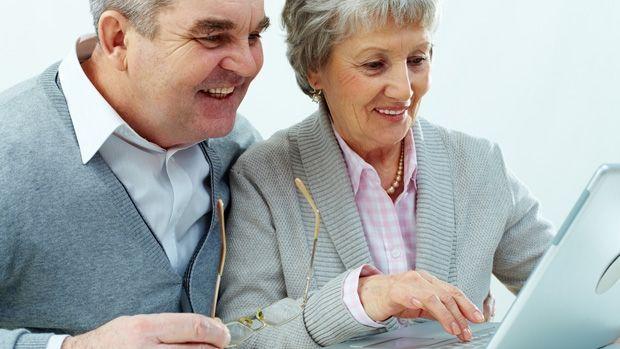 Make money online in retirement | OverSixty