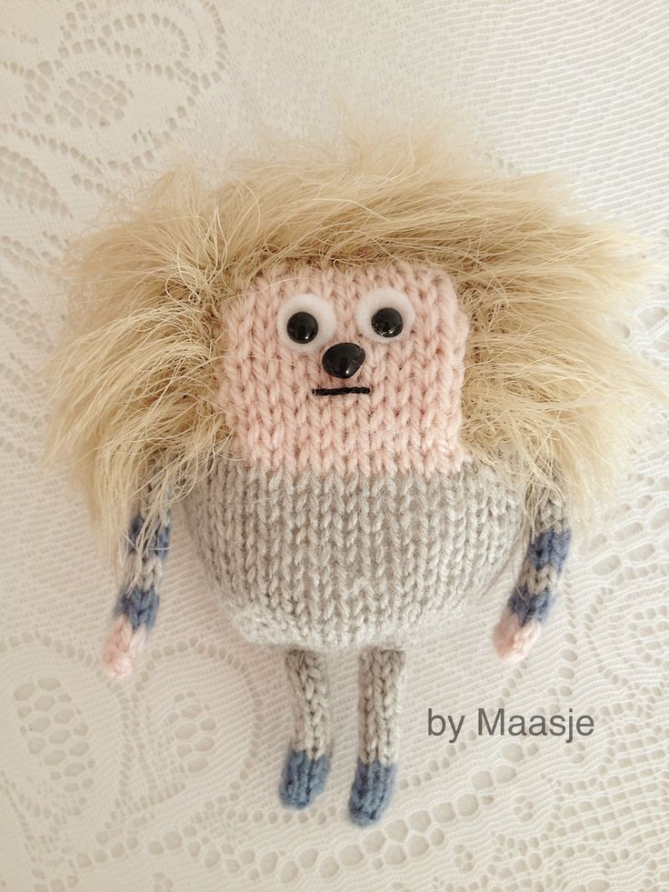 Knitted by me Maasje :) Please meet Frank lol. Free pattern here:  http://petitepurls.com/Fall09/fall2009_anything.html