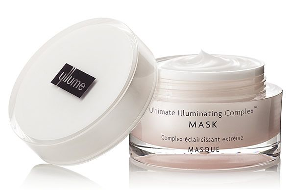 The Yllume Ultimate Illuminating Complex Mask is a weekly treatment for unevenly pigmented skin. It brightens, rehydrates and controls melanin for a more even complexion.