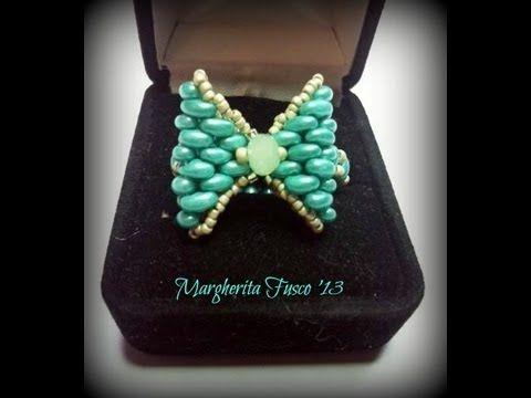 tutorial anello fiocco con twin beads/superduo come fare un anello con perline - YouTube (ring vid in Italian)