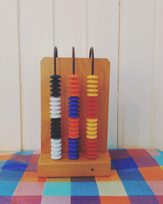 Houten Abacus - bakeliet kralen - Vintage hout Abacus - Abacus Calculator - kleurrijke Abacus - spel leren - leren Toy - Toy Montessori