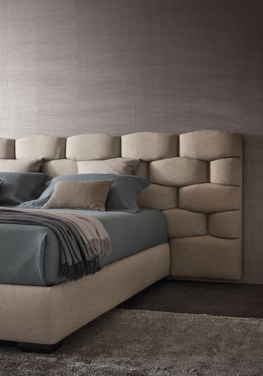 MAJAL BED: Carlo Colombo for FLOU