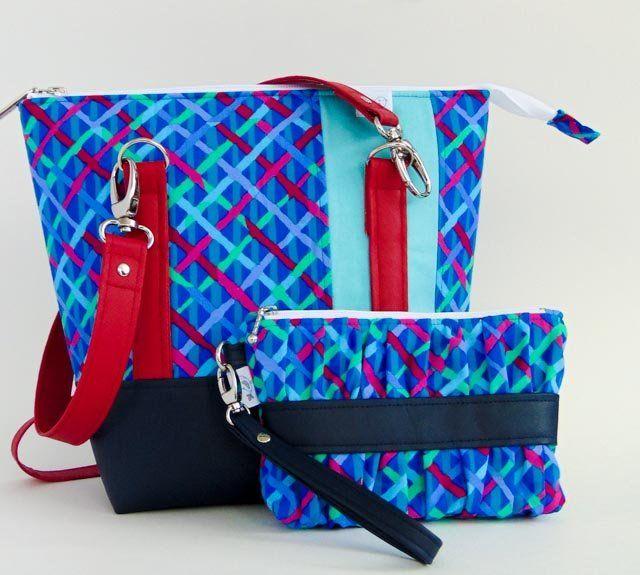 Blue Classic Carry All Tote Handbag Bag and Clutch Set