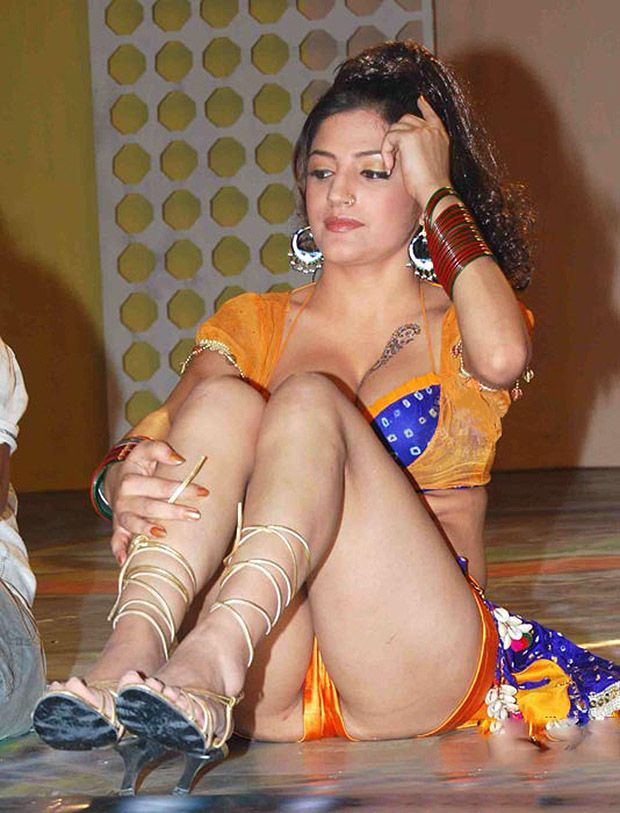 Locanto Dating in Mumbai