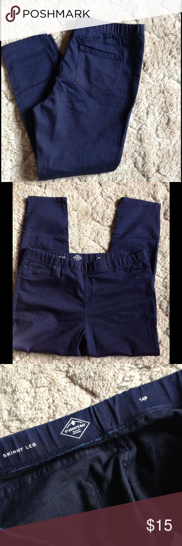 Women's Dark Wash Skinny Jeggings SZ 14P NWOT St Johns Bay women's Jeggings , dark wash, SZ 14.  Never worn, didn't fit, ordered online and never got to return these. St John's Bay Pants Skinny