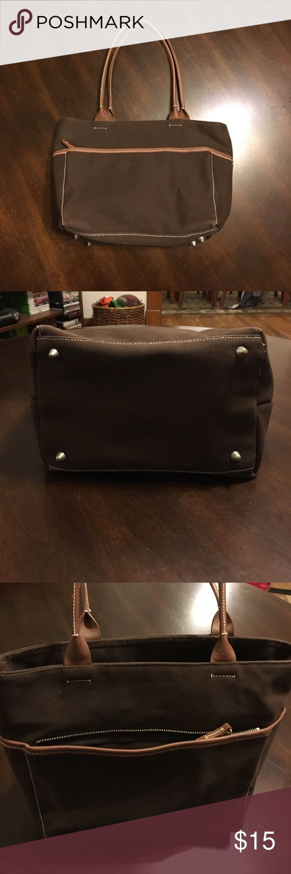 Chocolate Brown Gap Purse w/Light Brown Trim Chocolate Brown Gap Purse w/Light Brown Trim. Zipper front pocket, and open back pocket. One Zipper pocket inside, and zips closed. Key holder as pictured. GAP Bags Shoulder Bags