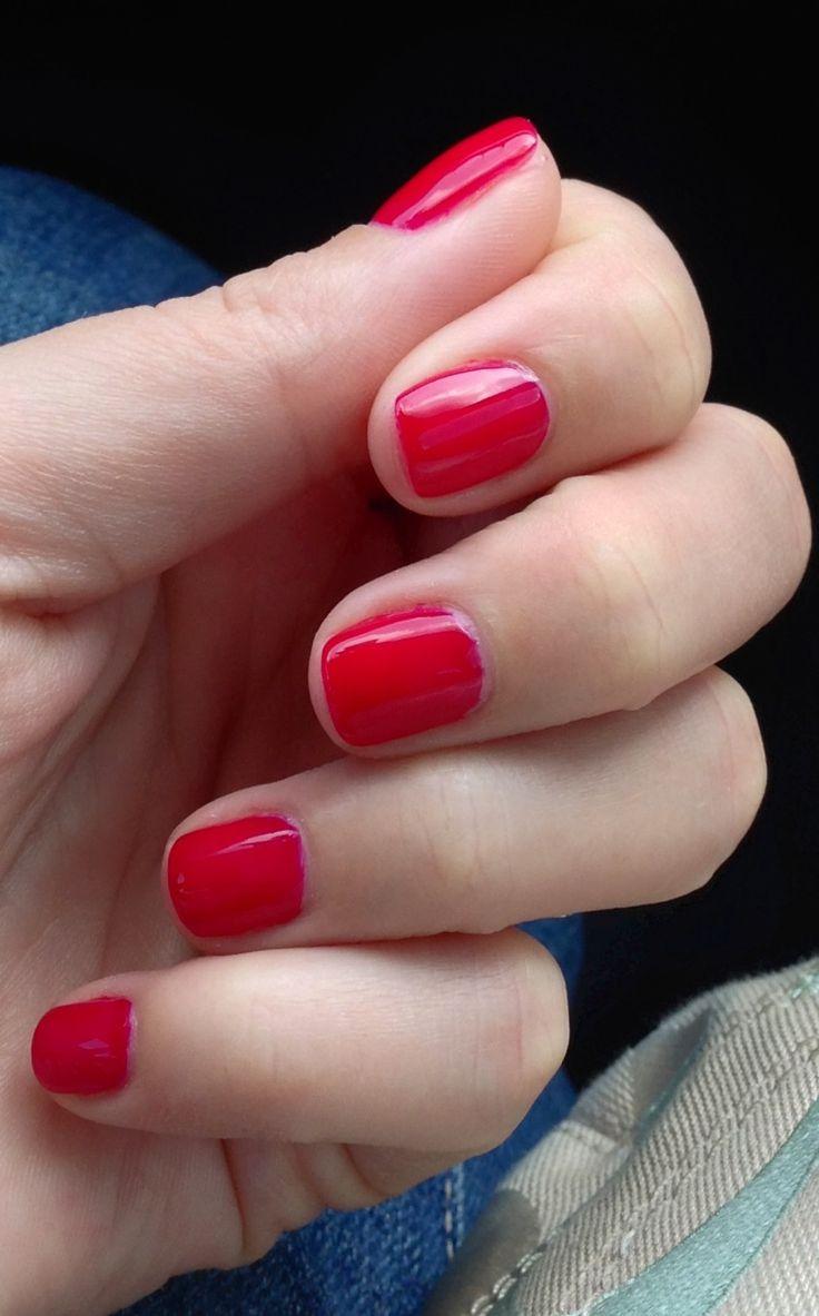 Short red nails