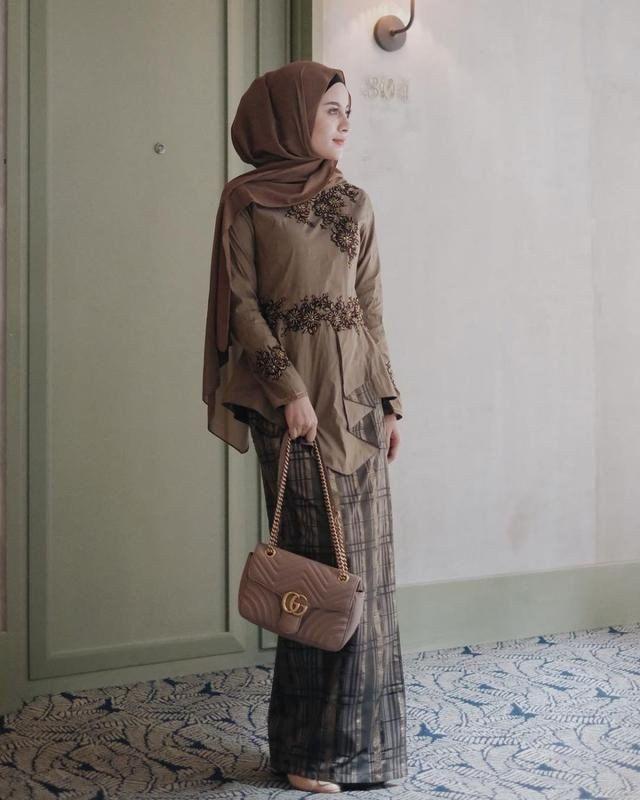 Outfit Kondangan Casual Hijab Outfit Kondangan Casual Batik Dress Modern Batik Fashion Kebaya Modern Dress