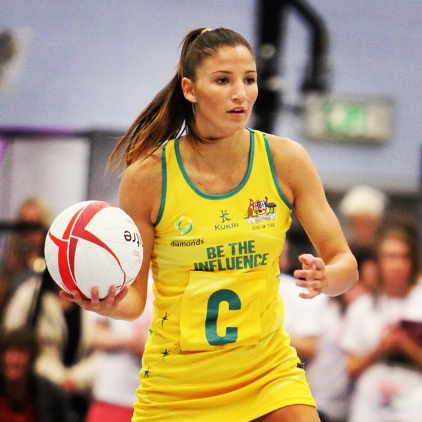 Australian Diamond, Kim Ravaillion, made her ANZ Championship debut for the Queensland Firebirds in Rd1 of the 2013 series.