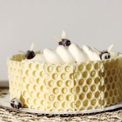 ... Cake with Cardamom Pear Filling and Caramelized Honey Buttercream