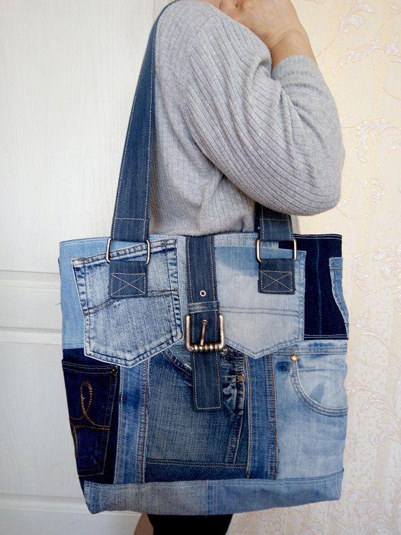 Ladies's bag of denims. Trendy bag of recycled denims. An outdated denims. Denim bag with lining. Shoulder bag