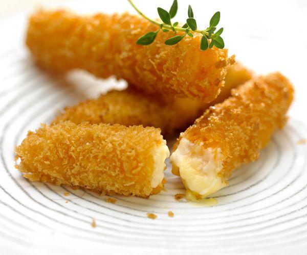 Pour réussir votre apéritif, pensez à la recette des beignets de fromage. Ils vont ravir vos invités.