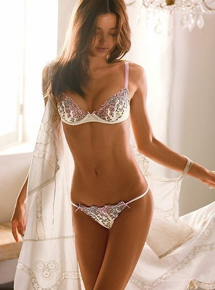 Plus 2/4 Stunning lingerie modeled by #VS Victoria's Secret Angel / model Miranda Kerr | moved from Kythoni's Miranda Kerr board: http://pinterest.com/kythoni/miranda-kerr/