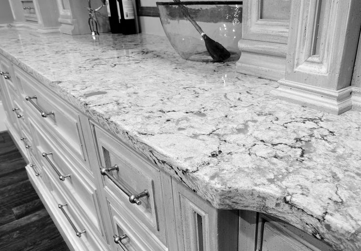 Best 25 quartz kitchen countertops ideas on pinterest Kitchen countertops quartz vs solid surface
