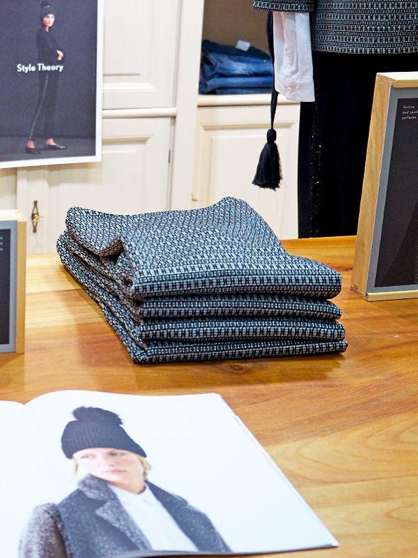 Sie suchen ein Last-Minute-Geschenk? Wir haben heute für Sie durchgehend von 9.30 bis 16.00 Uhr geöffnet. Besuchen Sie uns und sichern Sie sich 20 Euro Weihnachtsgeld von Rechenauer auf Ihren Einkauf. Einfach Gutschein unter www.rechenauer.de/weihnachtsgeld downloaden, ausdrucken und vorbeikommen. Wir freuen uns auf Ihren Besuch. #weihnachtsgeld #dirndl #tracht #stylish #fashionista #damentracht #rechenauer #oberaudorf #lookinggood #potd #fotd #ootd #damenmode #mode #winter #winter2017